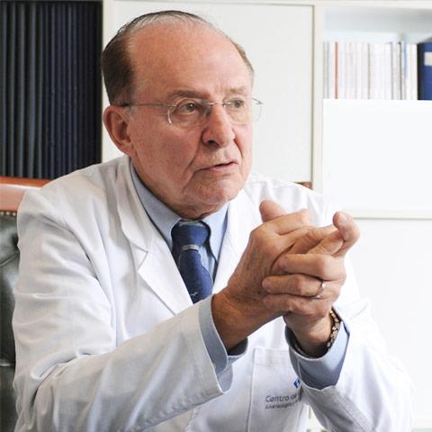 Dr. Mariano Rosselló Barbará