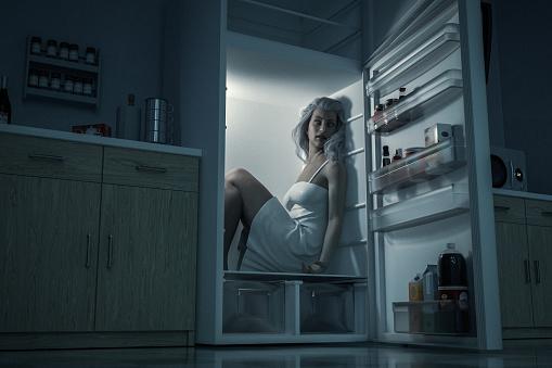 ¿No puedes evitar comer entre horas?